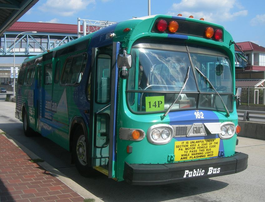 altoona bus 2.JPG