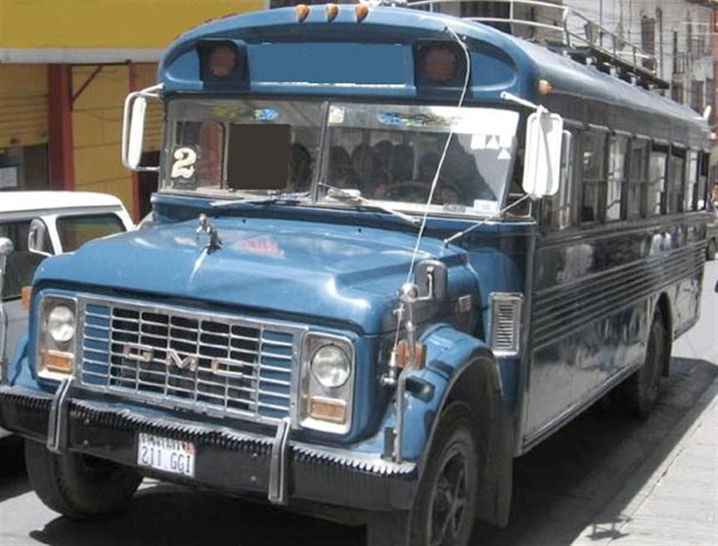 GMC blue medium bus.jpg